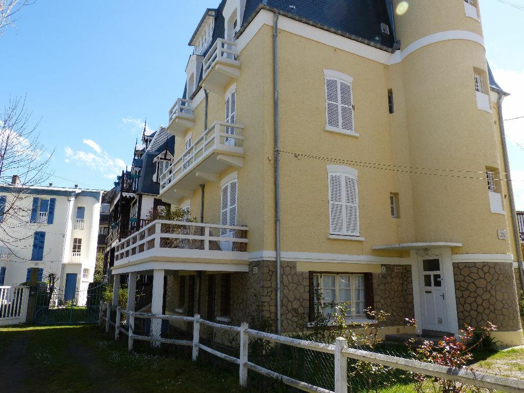 Achat Appartement 4 pièces à Villers-sur-Mer - vignette-3