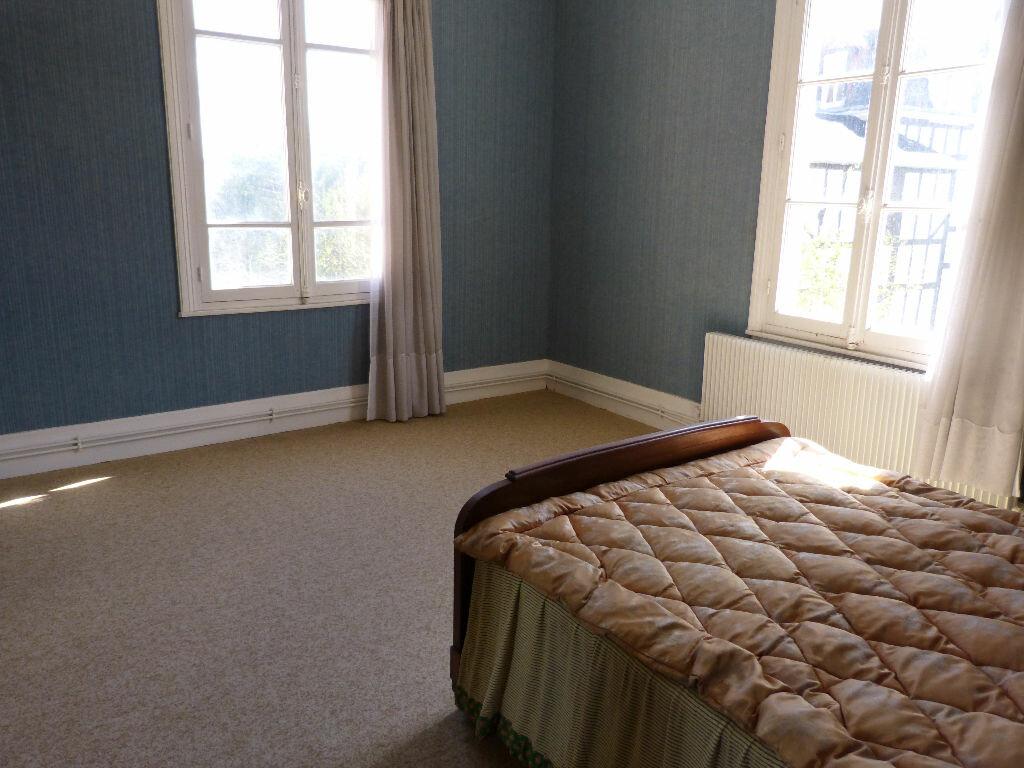Achat Appartement 4 pièces à Villers-sur-Mer - vignette-6