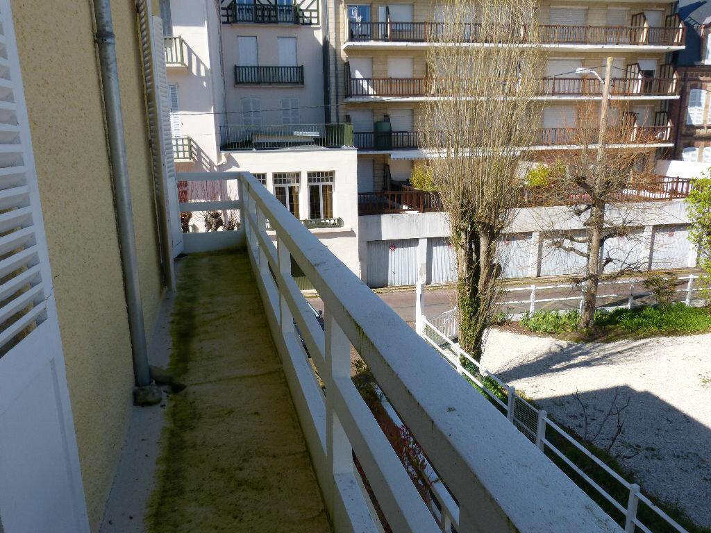 Achat Appartement 4 pièces à Villers-sur-Mer - vignette-10