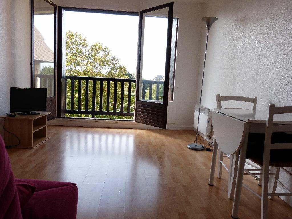 Achat Appartement 1 pièce à Blonville-sur-Mer - vignette-1