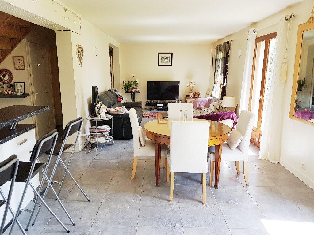 Achat Maison 6 pièces à Gonneville-sur-Mer - vignette-6