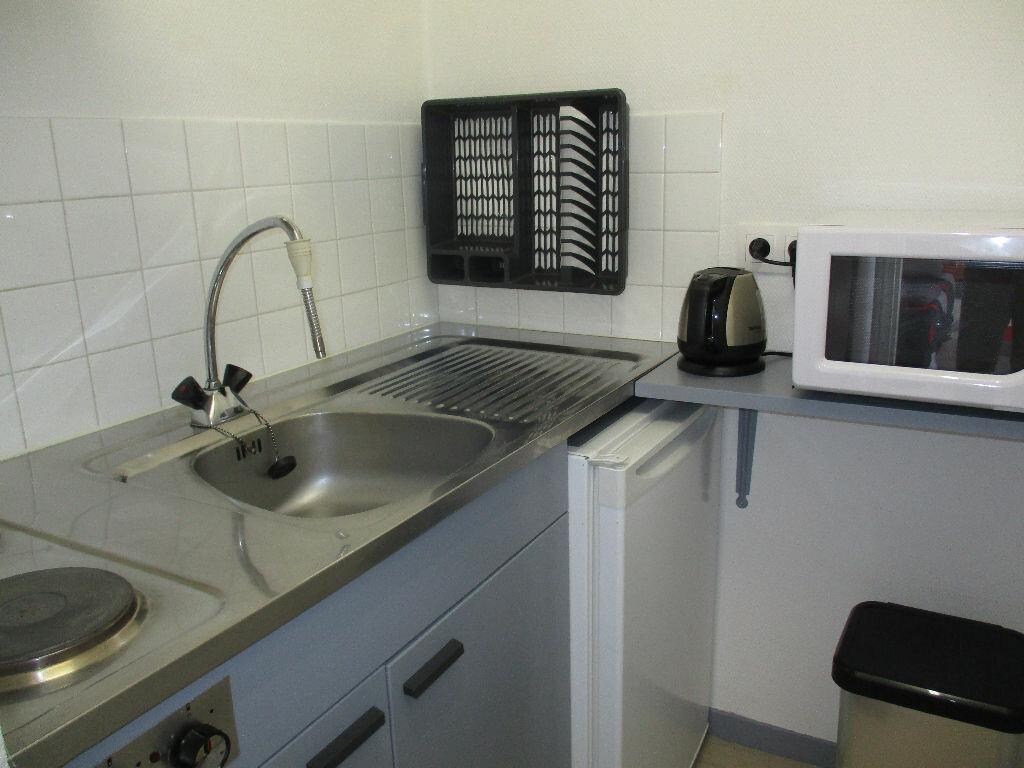Achat Appartement 2 pièces à Merville-Franceville-Plage - vignette-5