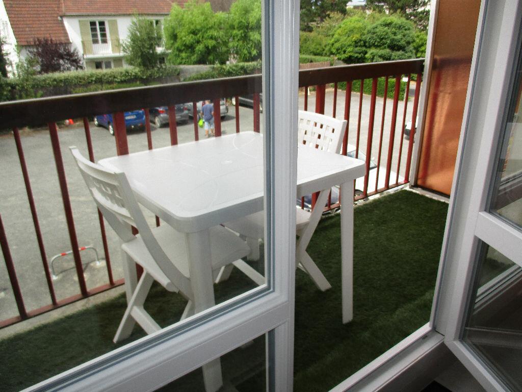 Achat Appartement 2 pièces à Merville-Franceville-Plage - vignette-7
