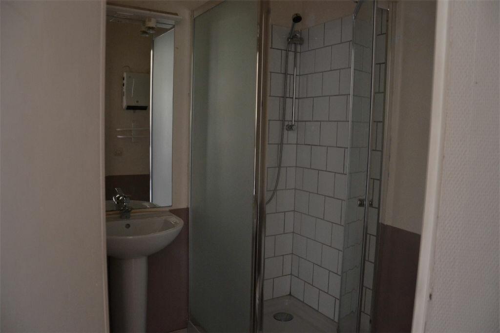 Achat Appartement 12 pièces à La Rivière-Saint-Sauveur - vignette-10