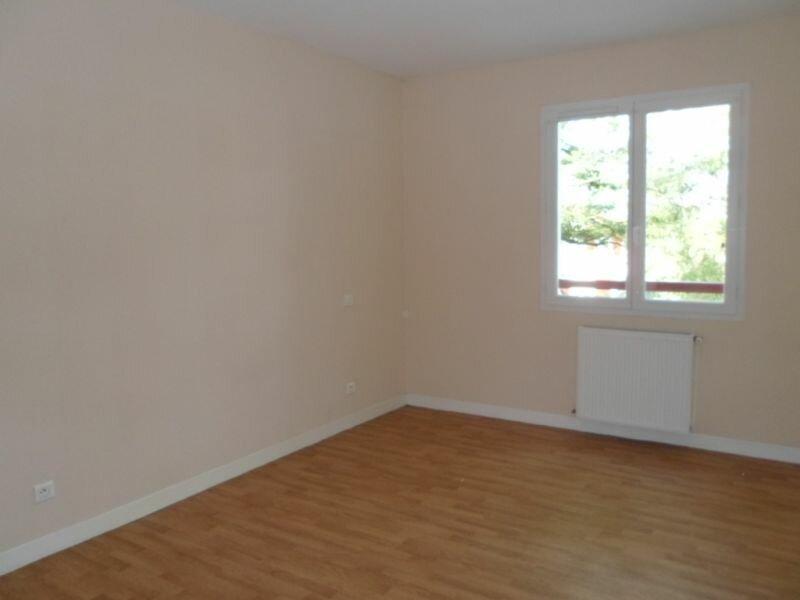 Location Appartement 2 pièces à Cambo-les-Bains - vignette-4