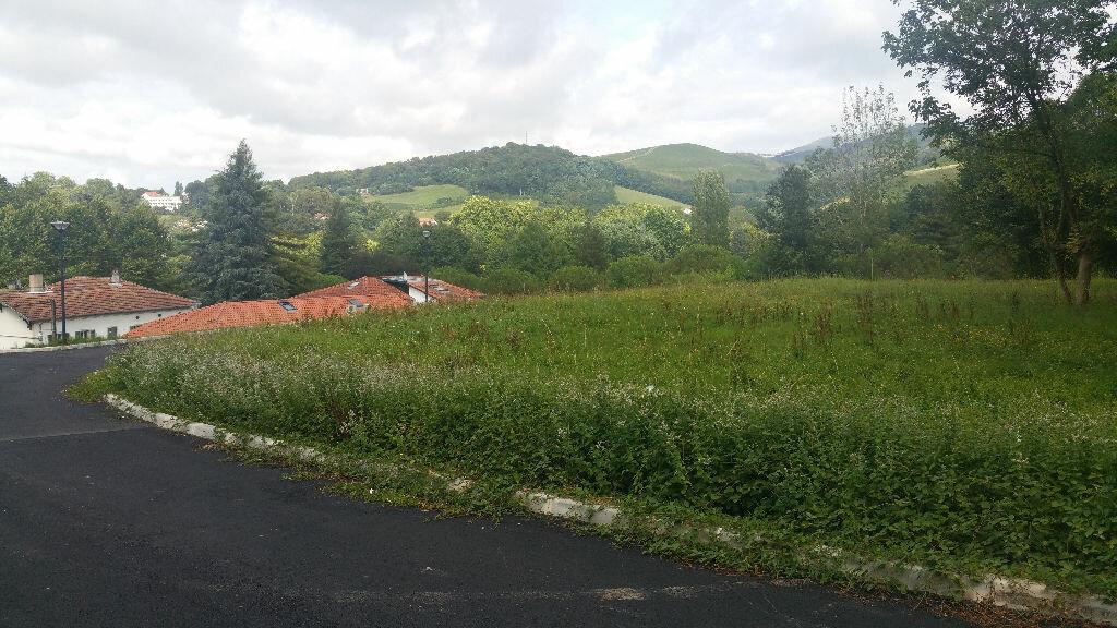 Achat Terrain  à Cambo-les-Bains - vignette-1