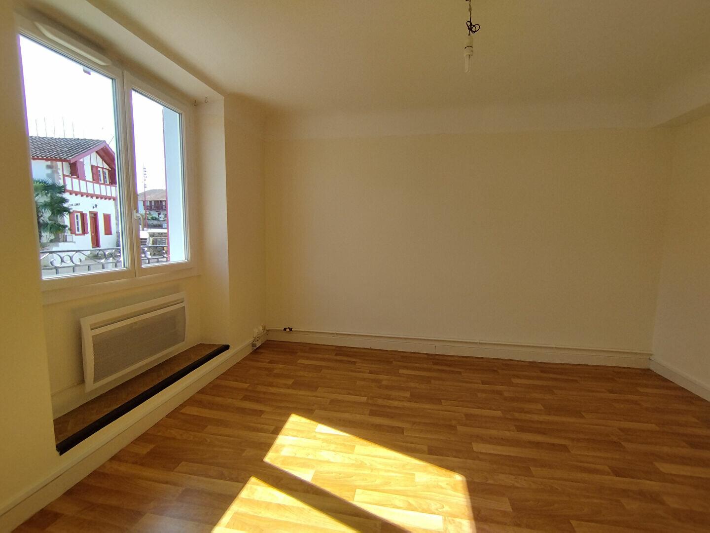 Location Appartement 2 pièces à Itxassou - vignette-2