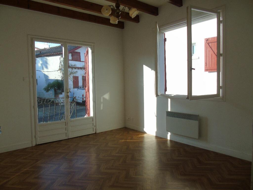 Location Appartement 3 pièces à Itxassou - vignette-3