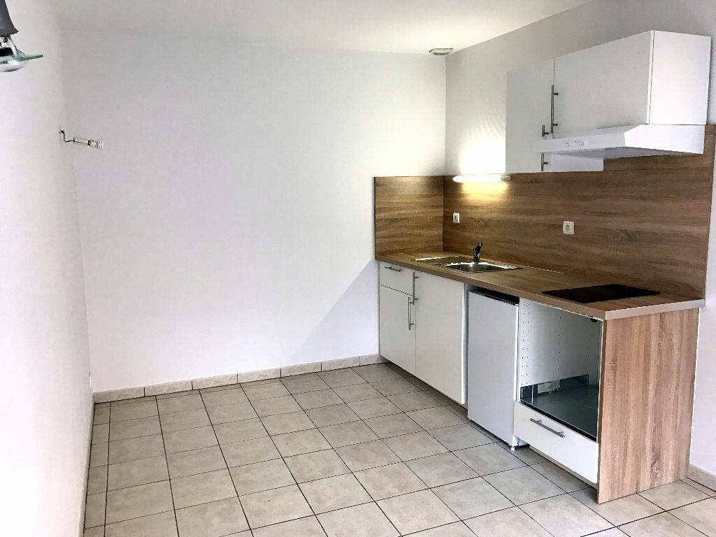 Location Appartement 1 pièce à Albi - vignette-1