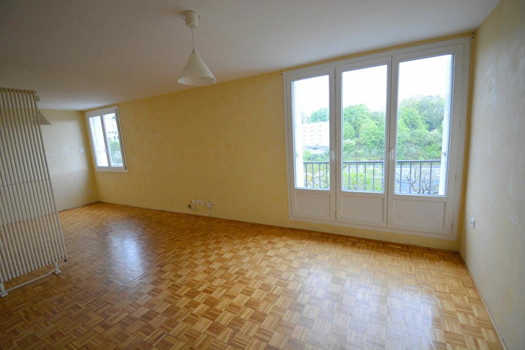 Achat Appartement 4 pièces à Brest - vignette-2