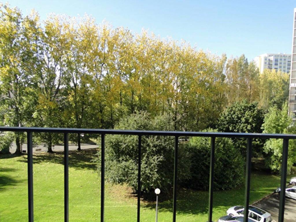 Achat Appartement 5 pièces à Brest - vignette-11