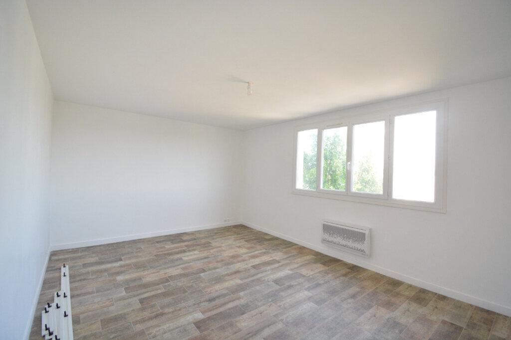 Location Appartement 4 pièces à Brest - vignette-1