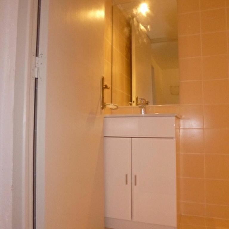 Location Appartement 2 pièces à Saint-Chamas - vignette-8