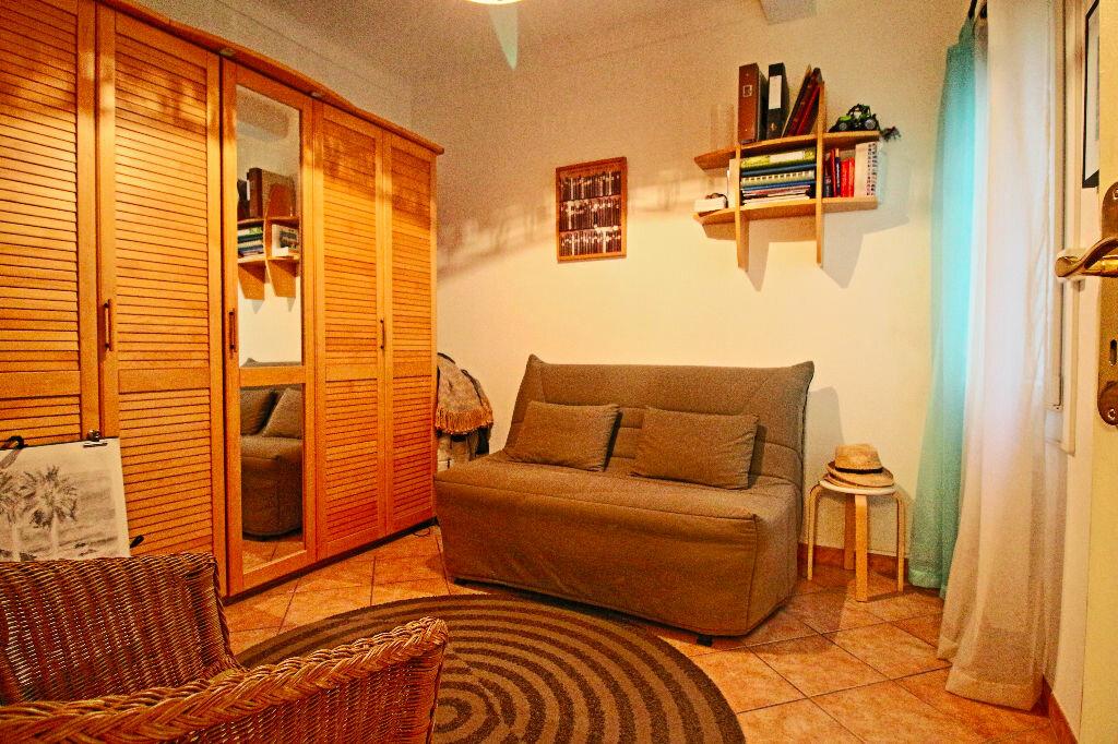Achat Appartement 3 pièces à Salon-de-Provence - vignette-7
