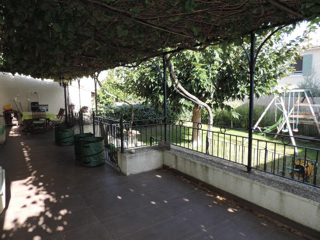 Achat Maison 6 pièces à Saint-Martin-de-Crau - vignette-1