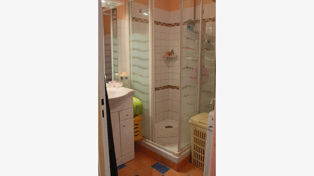 Achat Appartement 3 pièces à Salon-de-Provence - vignette-4