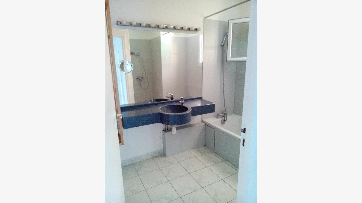 Achat Appartement 3 pièces à Saint-Martin-de-Crau - vignette-1