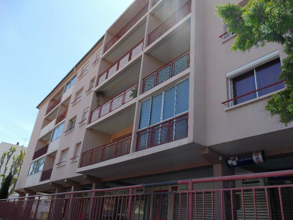 Achat Appartement 3 pièces à Salon-de-Provence - vignette-1