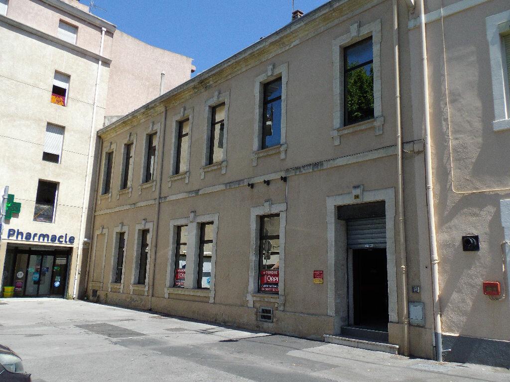 Achat Immeuble  à Salon-de-Provence - vignette-1