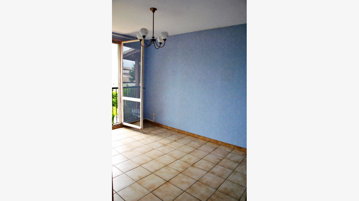 Achat Maison 5 pièces à Saint-Martin-de-Crau - vignette-2