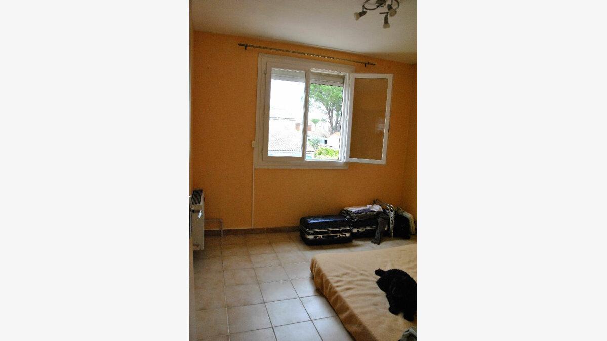 Achat Maison 5 pièces à Saint-Martin-de-Crau - vignette-6
