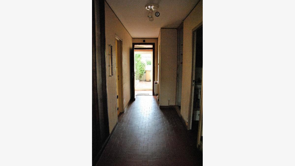 Achat Maison 5 pièces à Saint-Martin-de-Crau - vignette-7