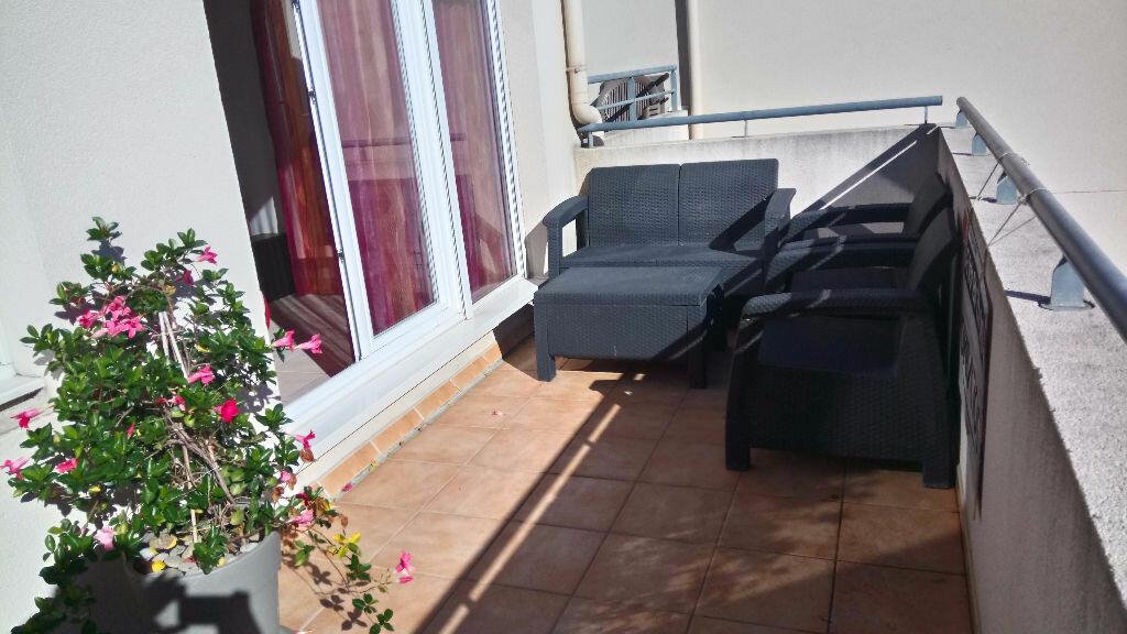 Achat Appartement 3 pièces à Istres - vignette-1