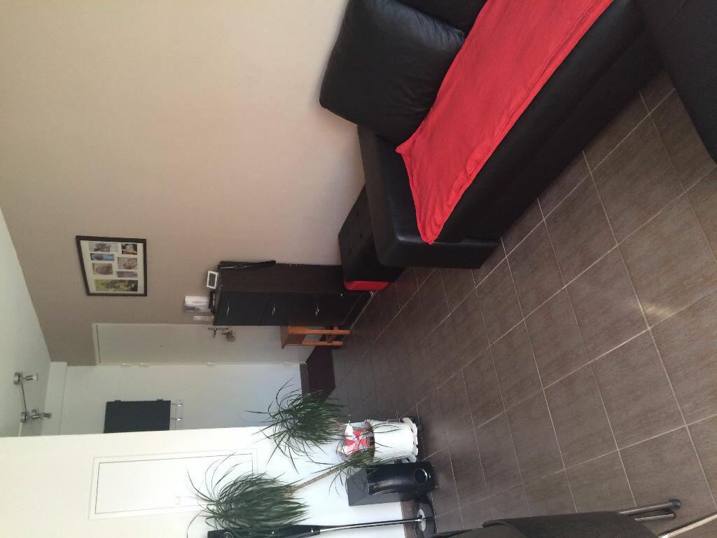 Achat Appartement 3 pièces à Saint-Martin-de-Crau - vignette-5