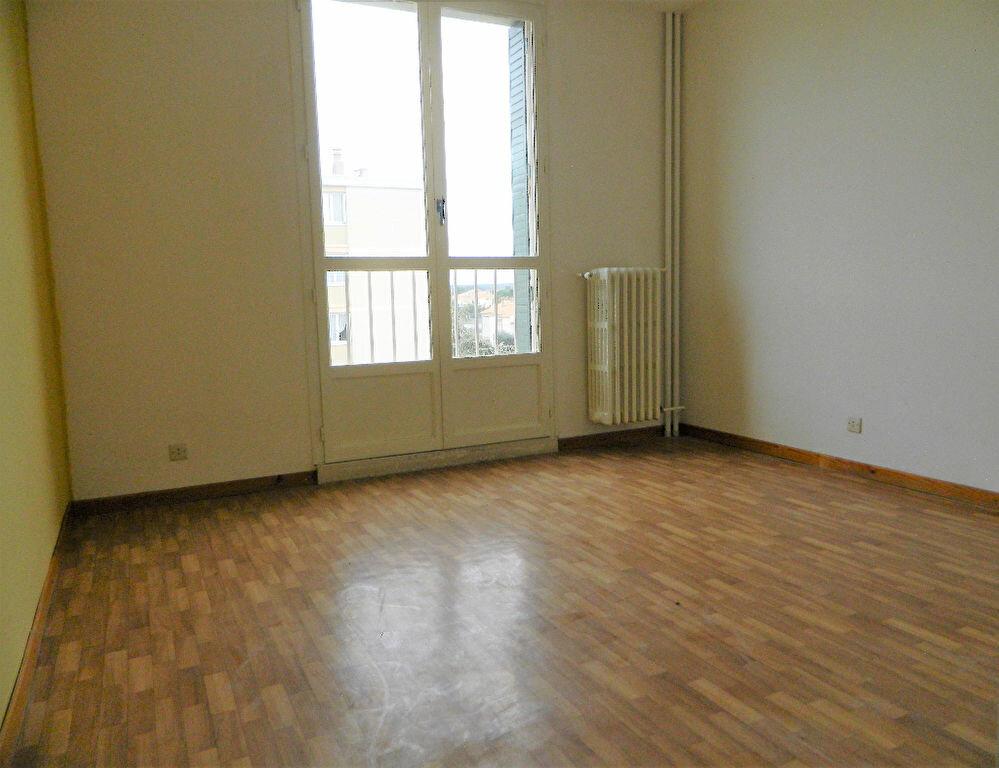 Achat Appartement 4 pièces à Miramas - vignette-4