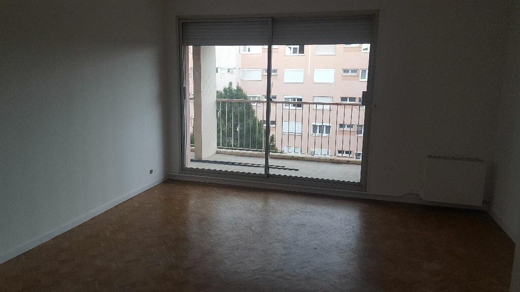 Achat Appartement 4 pièces à Istres - vignette-3