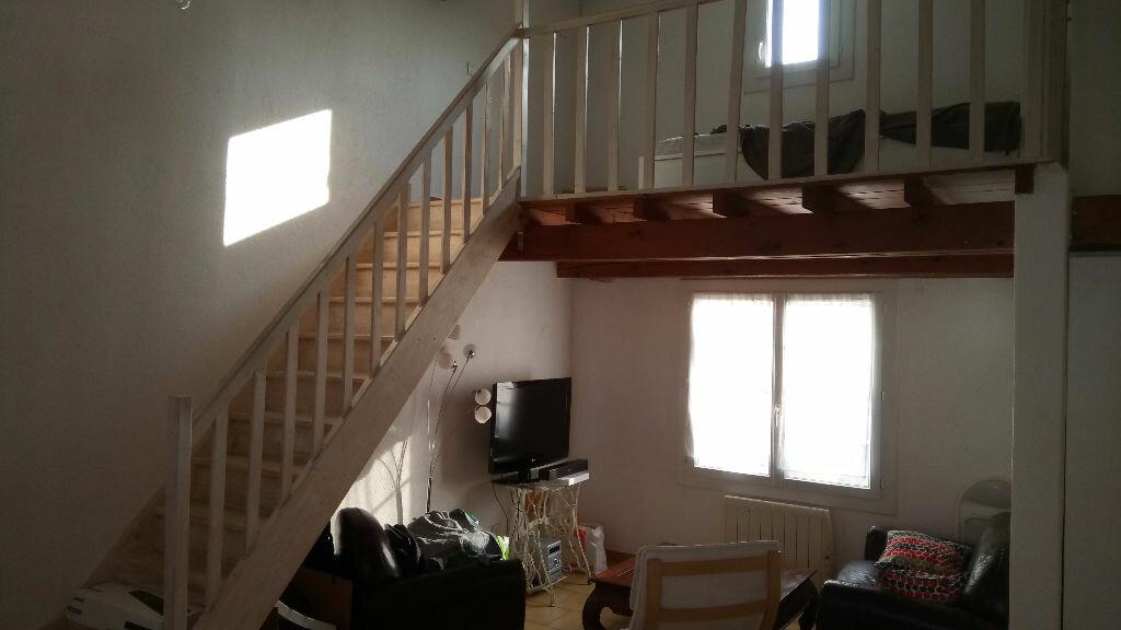 Achat Appartement 4 pièces à Velaux - vignette-3