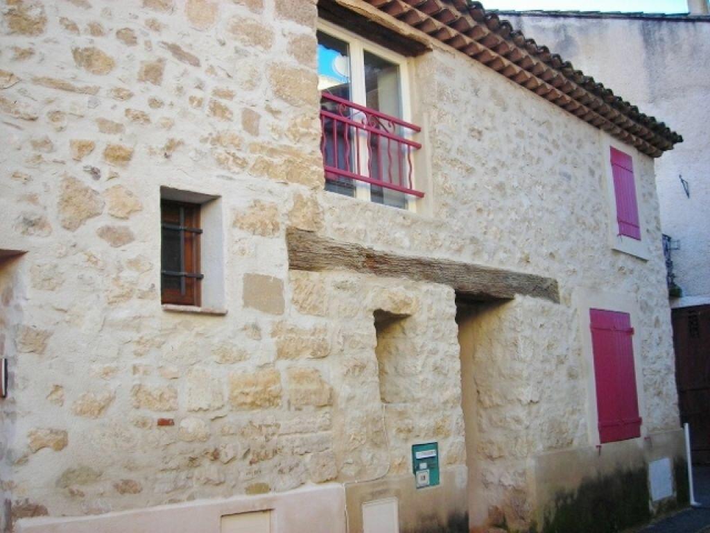Location Maison 4 pièces à Le Puy-Sainte-Réparade - vignette-1