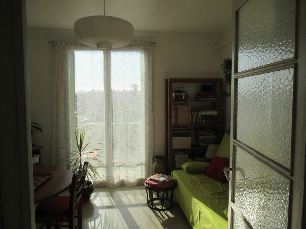 Achat Appartement 2 pièces à Salon-de-Provence - vignette-1