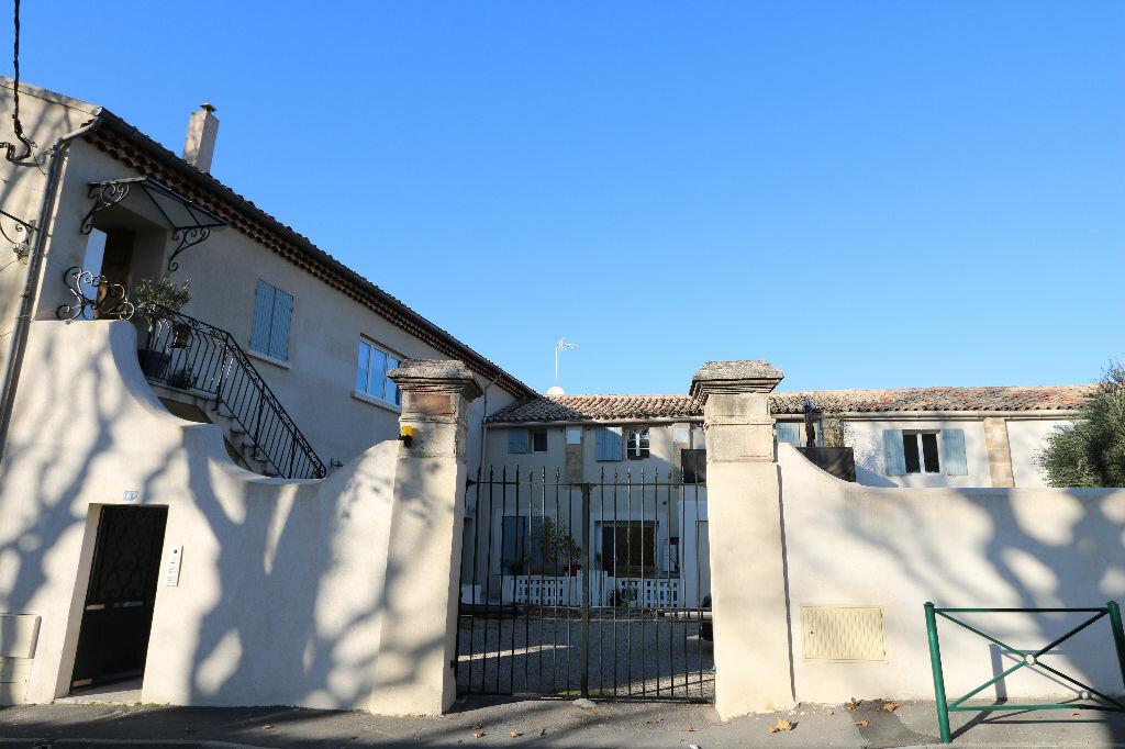 Achat Appartement 3 pièces à Lambesc - vignette-1