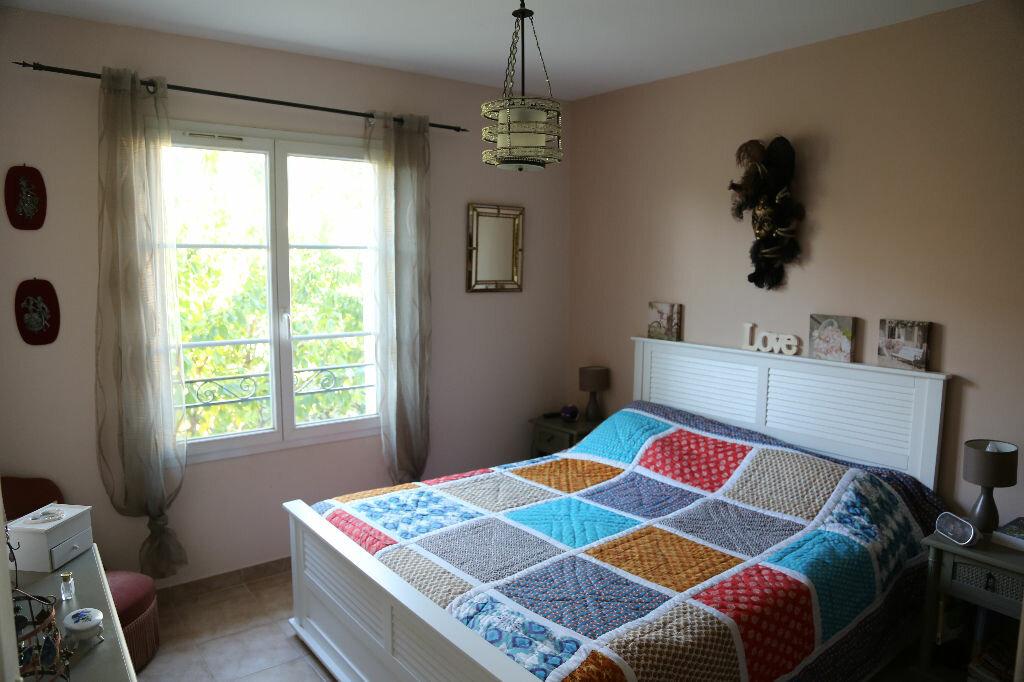Achat Appartement 3 pièces à Saint-Cannat - vignette-2