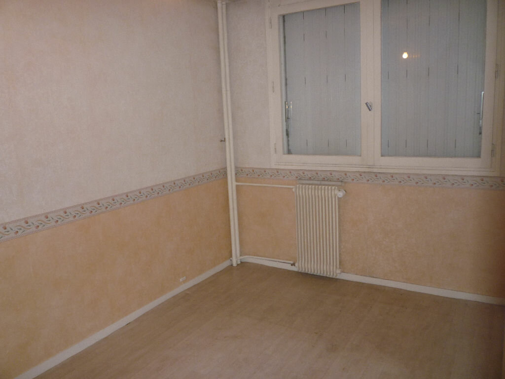 Achat Appartement 4 pièces à Tours - vignette-7