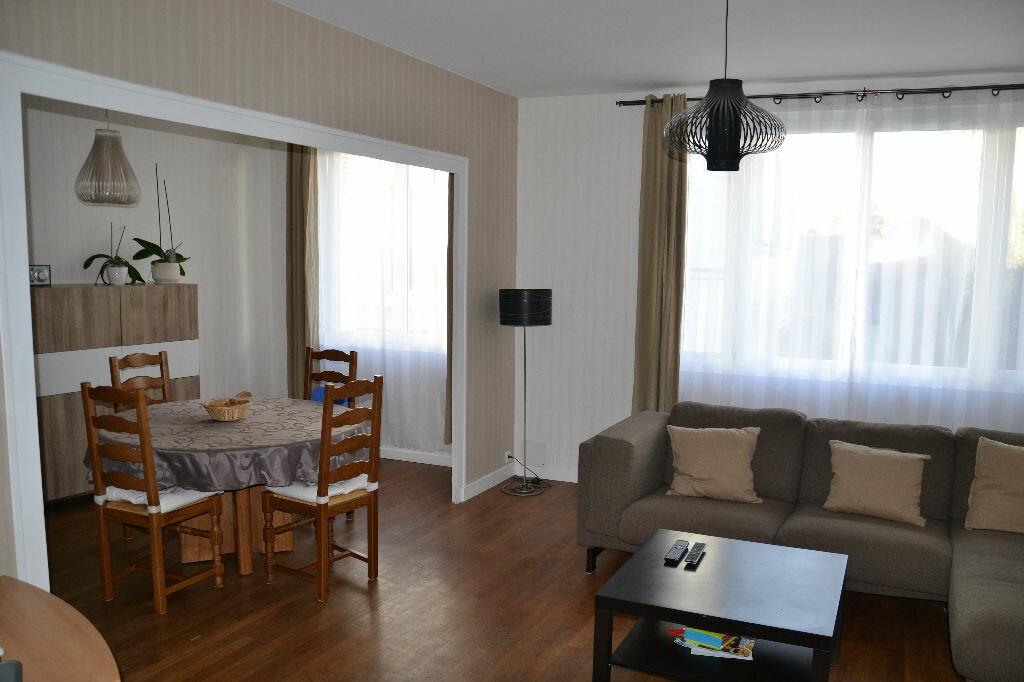 Achat Appartement 4 pièces à Tours - vignette-1