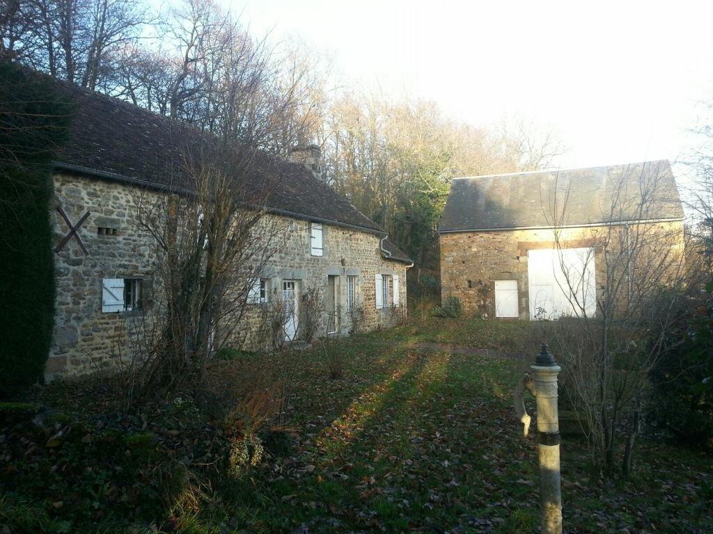 Achat Maison 3 pièces à Saint-Léonard-des-Bois - vignette-1