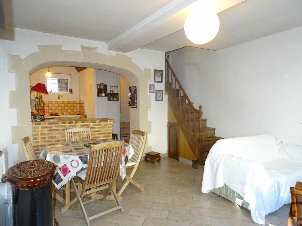Achat Maison 3 pièces à Moulins-le-Carbonnel - vignette-1