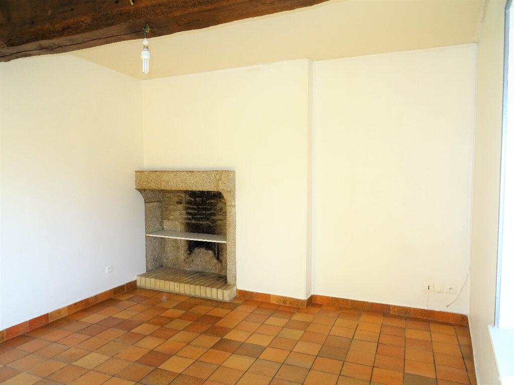 Location Appartement 2 pièces à Saint-Denis-sur-Sarthon - vignette-1