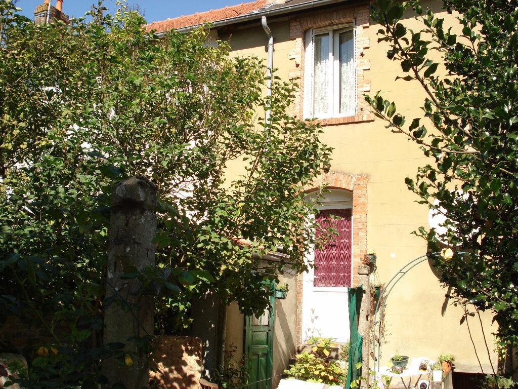 Achat Maison 4 pièces à Alençon - vignette-1