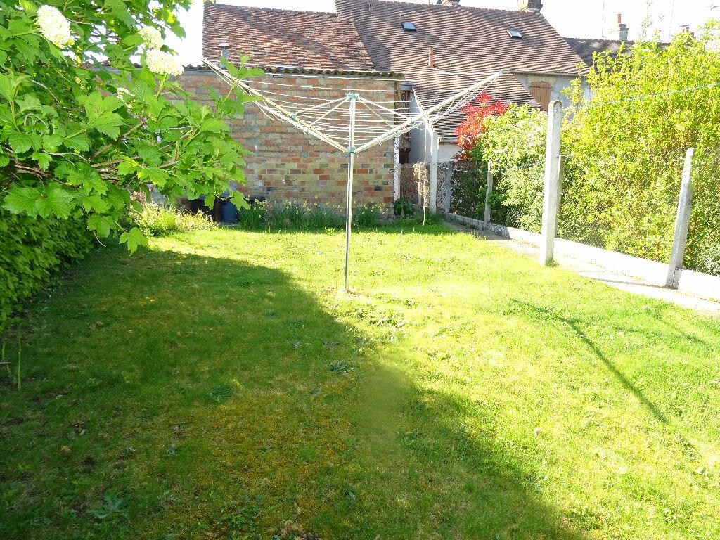Achat Maison 4 pièces à Damigny - vignette-4