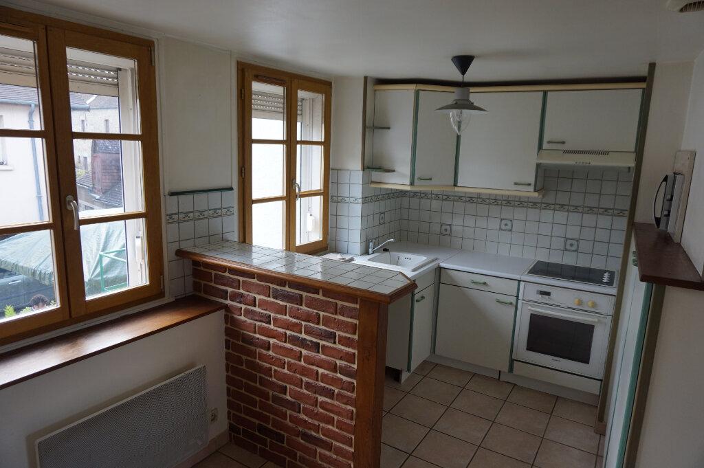 Achat Appartement 4 pièces à Alençon - vignette-2