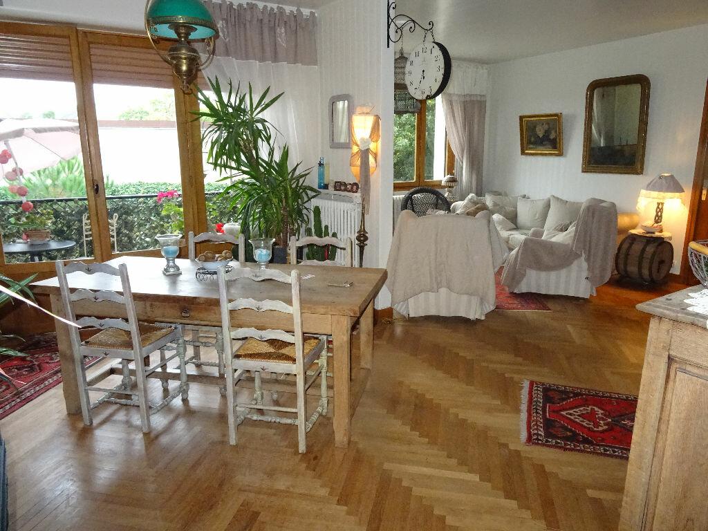 Achat Appartement 5 pièces à Alençon - vignette-1