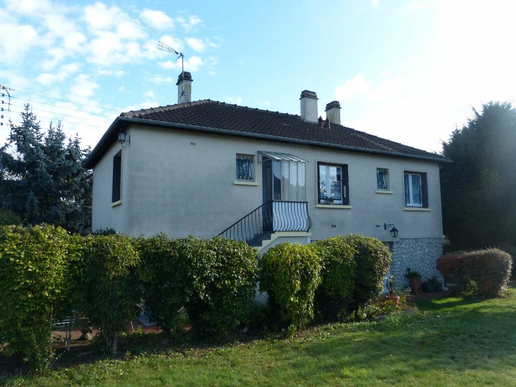 Achat Maison 4 pièces à Nogent-le-Rotrou - vignette-1