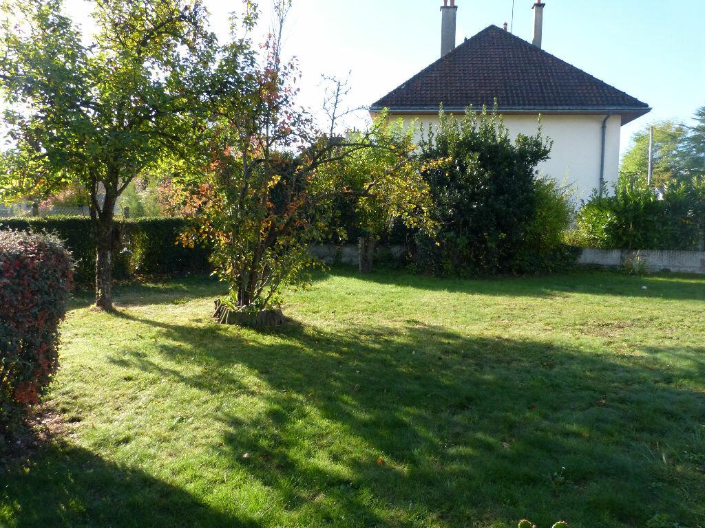 Achat Maison 4 pièces à Nogent-le-Rotrou - vignette-2