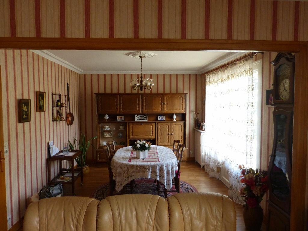 Achat Maison 4 pièces à Nogent-le-Rotrou - vignette-4