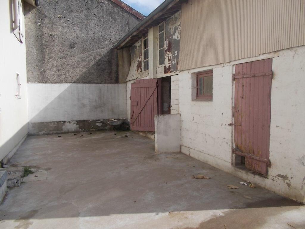 Achat Maison 6 pièces à Esnes-en-Argonne - vignette-6