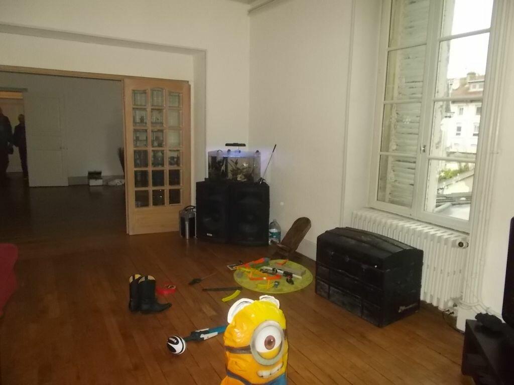 Achat Appartement 6 pièces à Verdun - vignette-3