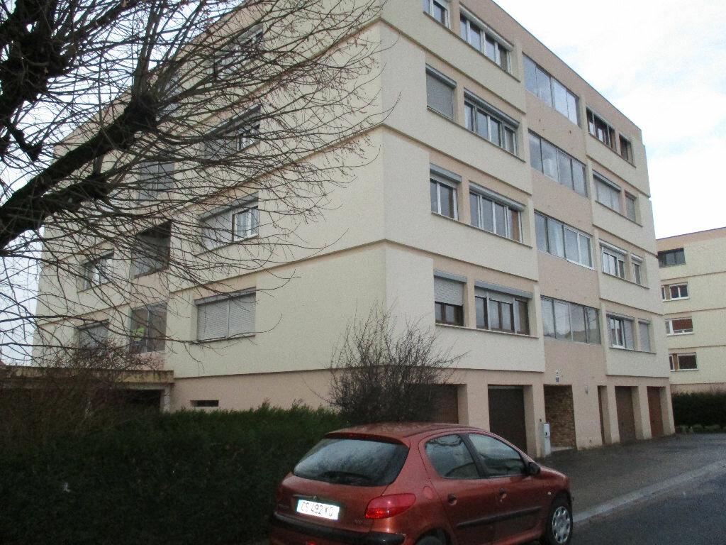 Achat Appartement 5 pièces à Belleville-sur-Meuse - vignette-1